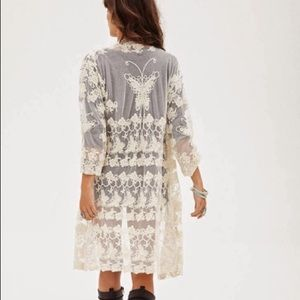 FOREVER 21 Sweet Butterfly Lace/Crochet Kimono